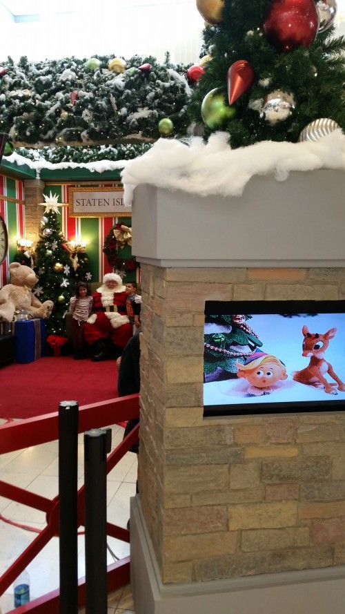 Staten Island Mall Enchants with Santa, Sparkle and Shine - Staten Island NYC Living